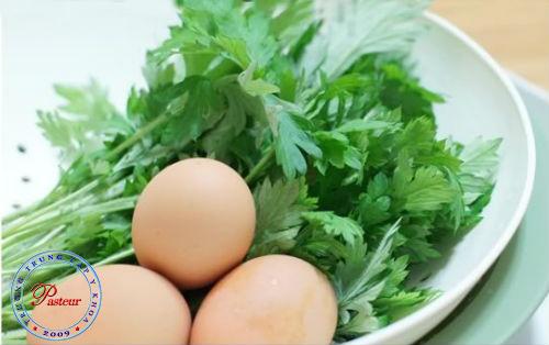 Bài thuốc Đông y hỗ trợ điều trị đau bụng kinh.