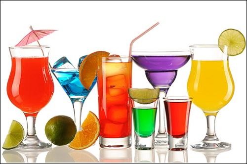 Sau khi nâng ngực cần tránh xa các thức ăn, đồ uống có cồn