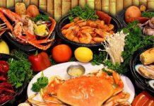 Không nên ăn hải sản
