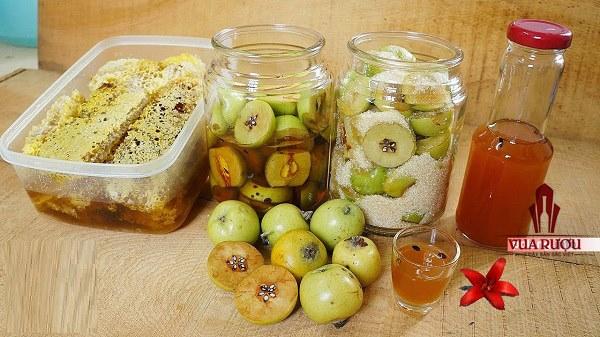 Có thể sử dụng giấm táo như một loại tẩy trang hàng ngày