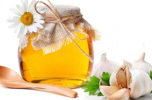 Bài thuốc dân gian bị viêm xoang với mật ong