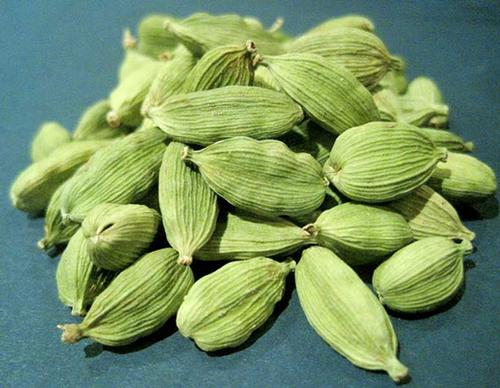 Công dụng của quả thảo quả trong điều trị bệnh
