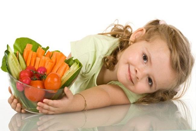 Chúng ta nên thường xuyên đưa cà rốt vào những bữa ăn của trẻ
