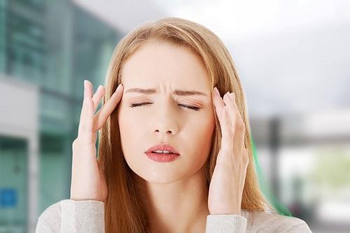 Đau đầu ảnh hưởng rất nhiều đến cuộc sống